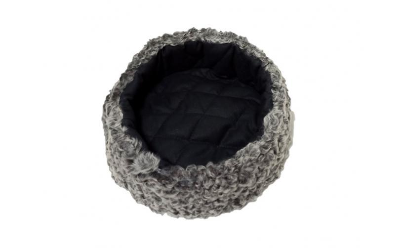 Карабинка из серого каракуля Помелило